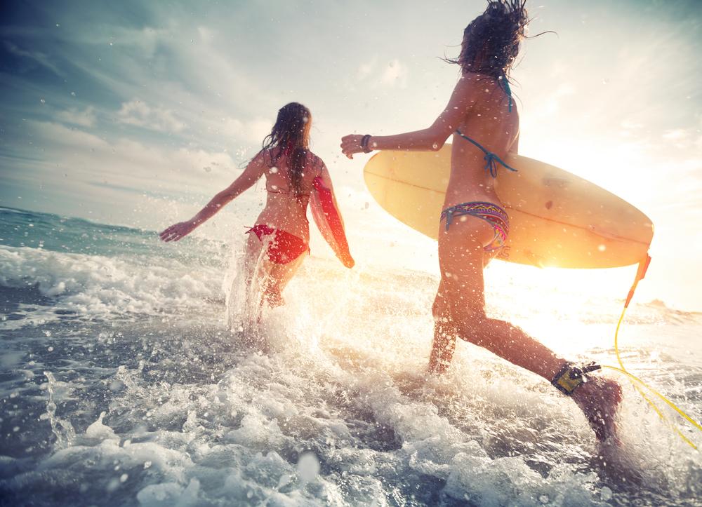 surfing_252813493